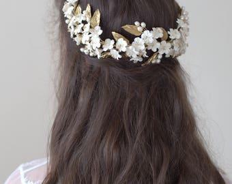 Cherry blossom headpiece. Bridal headpiece. Bridal crown. Boho headpiece. Floral headpiece. Floral crown. Style 715