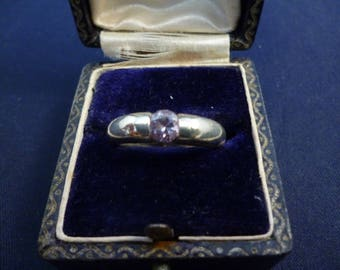 Amethyst and silver sparkly ring - 925 - sterling silver - UK N - US 6.75 - i