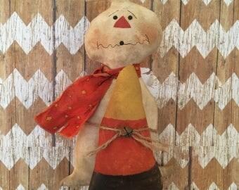 Primitive Ghost shelf sitter /Halloween decoration                (FAAP)