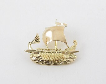 Vintage 18K Yellow Gold Sailing Ship Charm Pendant