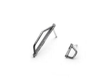 Geometric silver studs - Minimalist earrings - Black silver earrings