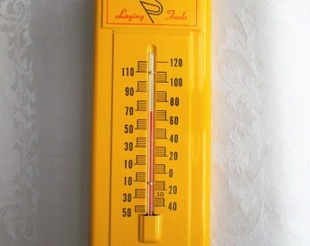 NOS Kent Feeds Thermometer - 14 Inch Metal Farm Thermometer - Chicken Feed Thermometer - Advertising Sign - 1950's