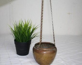 Vintage Brass Plant Pot Hanger, Hanging Plant holder. Air plant pot. Patina