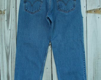 1990's Levis Jeans 32/33 Waist Red Tab Levis 550 High Waisted Boyfriend Mom Jeans Relaxed Fit Wide Straight Leg 29 Inseam