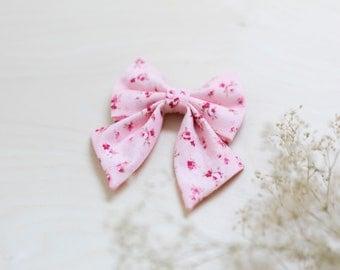 Girl Dog Collar, Floral Dog Bow, Pink Flower Collar, Girly Cat Collar, Feminine Dog Bow, Rose Gold Collar, Fancy Girl Cat Collar, Spring Bow
