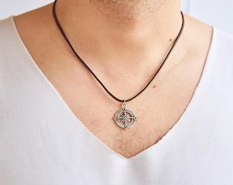 Men's Necklace - Men's Jewelry - Men Compass Necklace - Necklace for Men - Mens Gift - Men Leather Necklace - Mens Compass Jewelry - For Dad