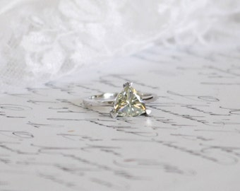 1.50ct Triangle/Trillion Moissanite in 14ct White Gold Solitaire Ring, Engagement Ring, Diamond Alternative