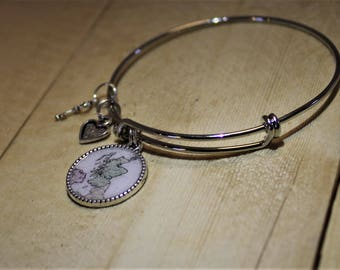 Scotland Map Bangle Bracelet ; Silver Bangle Bracelet ; Scotland Travel Heritage Bracelet