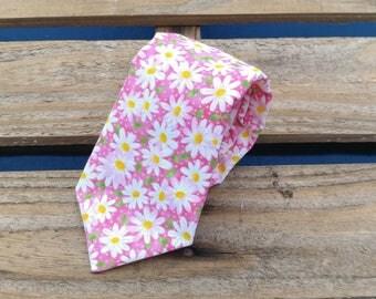 Pink Daisy Necktie, Daisies Necktie, Floral Necktie, Flower Necktie
