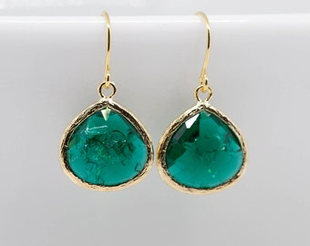 Gold Earrings emerald green Emerald