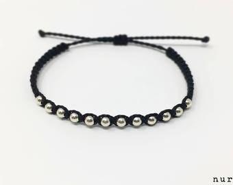 Macrame bracelet balls silver