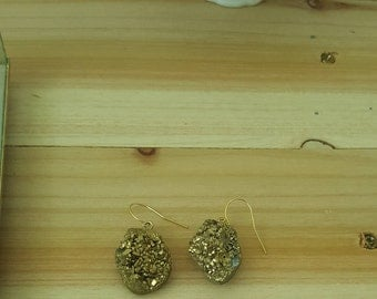 Gold druzy gem earrings