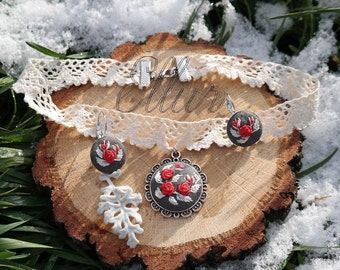 Embroidered choker set earring Embroidery necklace Wife red jewelry Red boho gift Jewelry set red rose choker Eco pendant Unusual earrings