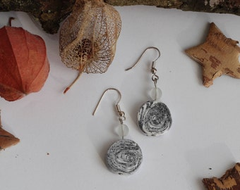 Earrings stones