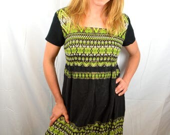 Beautiful Woven  1960s 60s Vintage Mexican Guatemala Dress