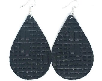 leather earrings / genuine leather / teardrop earrings / lightweight