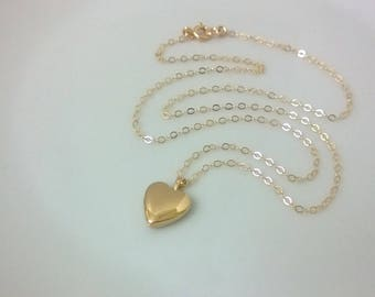 14Kt gold-filled heart locket; gold heart locket; plain gold heart locket; smooth gold heart locket; gold picture locket