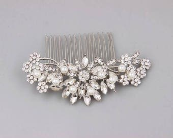 Bridal Hair Comb Vintage Inspired Silver Wedding Hair Comb Crystal Bridal Headpiece Pearl Wedding Hair Accessories for Bride Bridesmaid Gift
