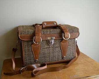 Vintage Brown Leather / Fiber Camera Case w/Original Key - Urban, Industrial, Rustic, Mid Century - FREE SHIPPING