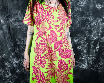 Vintage 1960s Green and Pink Floral Full Length // Maxi Dress, Size Large (10 // 12) -- Tiki Oasis // Groovy // Polynesian // Hawaiian