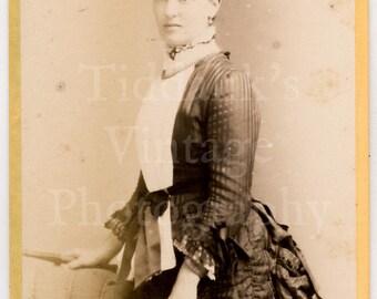 CDV Carte de Visite Photo - Victorian Young Attractive Woman, Hair Up in Bun, Pretty Bustle Dress - G Goodman of Margate England - Antique