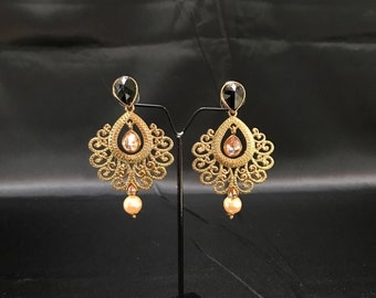 Indian Bridal - Antique Gold and Black Earrings - Indian Jewelry - Pakistani Jewelry - Bollywood Jewelry - Jhumki Jhumka Earrings - Kundan -