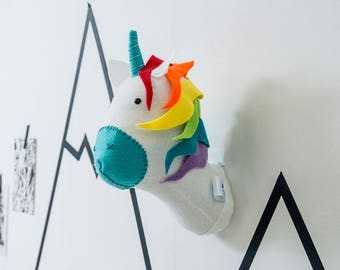 Rainbow felt taxidermy unicorn, wall hanging animal, unicorn head, childrens bedroom, rainbow unicorn, unicorn decoration, stuffed unicorn
