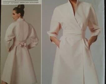 Vogue 1239 - Chado Ralph Rucci - Misse's dress and belt - Sizes 6-8-10-12