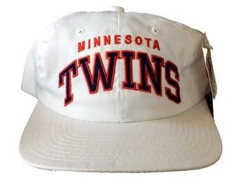 "Vintage Minnesota Twins ""Arch"" Snapback Hat by Starter Rare MLB 90s White"