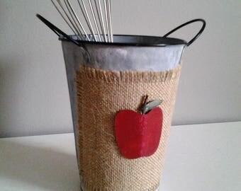 Apple Tin Holder