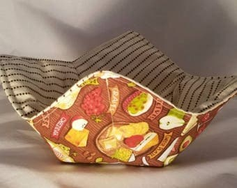 Reversible Microwave Bowl Cozy, Quilted Hot Pad, 100% Cotton,  Fun wine and cheese fabric