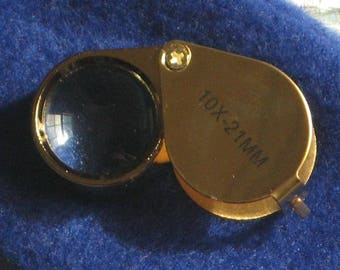 Loupe. 10X - 21mm. Jeweler's Loupe. Gemstone Loupe. Glass. Metal. Storage Case. Gem. Magnifier. Magnification. 10 Power (10X). Item #1401