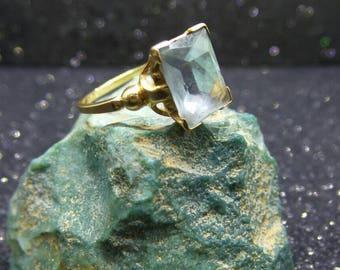 Vintage 10 KT Gold Aquamarine Ring, size 6.5
