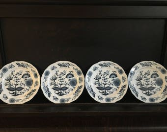 """Four Blue Onion 9"""" Dinner Plates Handled Crossed Sword with A Above Japan Label"""
