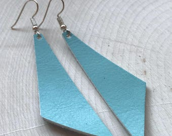 Perfect Angle Leather Earrings {Surf Blue}