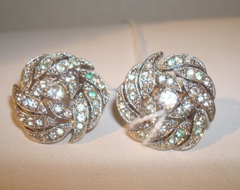 Vintage silver tone rhinestone earrings