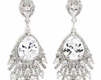 Elegant fashion sparkling crystal earrings