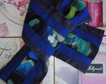 "Scarf ""Choranche"" customized with mother of Pearl button and inclusion of image"