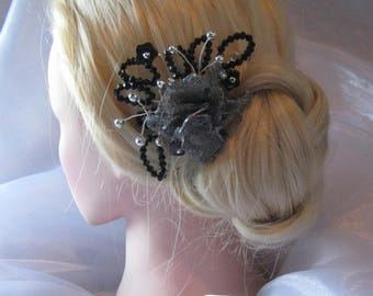 Silver flower comb