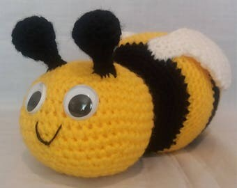 Crochet Bumble Bee - Crochet Bee - Crochet Toy - Soft Toy Bee - Bee gifts - Insects - Handmade Bee - Cute Bee - Bumble Bee
