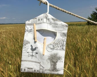 Farm Fresh Laundry, Peg Bag, Laundry Accessory, House Warming Gift, Natural Clothespin Holder