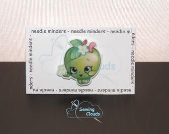 Character Green Apple Needelminder
