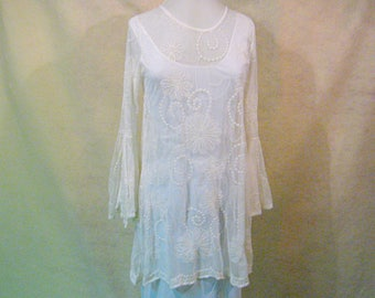 SZ L Sheer White Tunic, Embroidered White Tunic, Embroidered Tunic, Boho Tunic, Hippie Tunic, Gypsy Tunic, Sheer Tunic, White  Tunic
