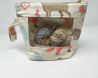 Knitting and Crochet Project Bag - Peekaboo - forest friends on cream