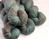 80s New York - Moody Hand Dyed Yarn - Merino Bamboo Silk Yarn - Pokolbin Sock Yarn - 4 Ply - Fingering Yarn - Hand Dyed Sock Yarn