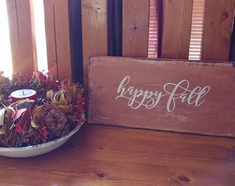 Happy Fall Distressed Sign