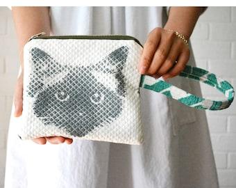 Ragdoll Birman Pickle Cat Face Hand-printed Wasabi Green Wrist strap Left-handed Zipper Pouch
