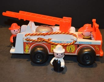 1968 Fisher Price Fire Truck #720 and Firemen