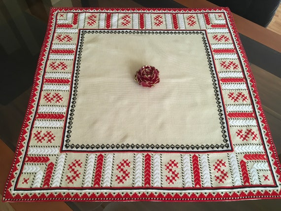 Vintage Handmade Red Embroidery Tablecloth Traditional Bulgarian Folk Art Square Linen Vintage Beige Table Cover Embroidered doily crochet