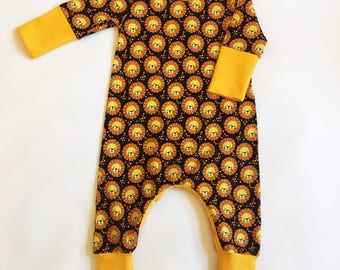 Baby lion print romper, 9-12 months, Baby onesie, All in one, Outfit, Snap crotch suit, Baby clothing, Unisex baby romper, Funky clothing